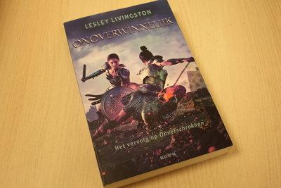 Livingston, Lesley - Onoverwinnelijk