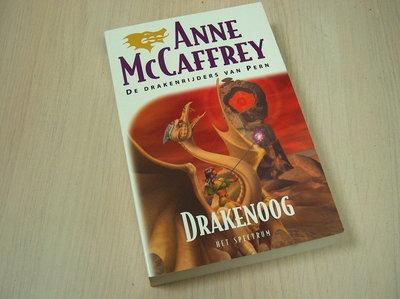 MacCaffrey, A. - Drakenoog - (De drakenrijders van Pern)