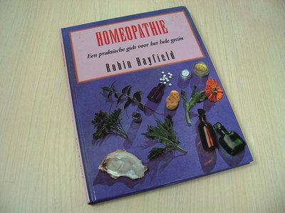 Hayfield, Robin - Homeopathie - Een praktische gids voor het hele gezin