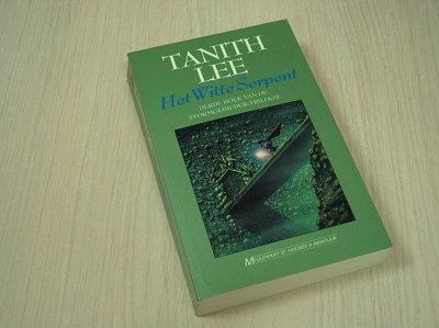 Lee, Tanith - Witte Serpent - Derde Boek Van De Stormgebieder-Trilogie*