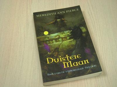 Pierce, Meredith Ann - Duistere maan (boek 2 van de vuurbrenger trilogie)